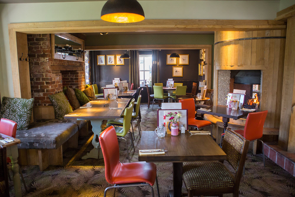 Coach And Horses Destination Inns Dining Pub In Thorley Bishops